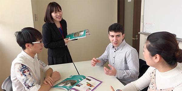 ECC日本語学院の授業風景2