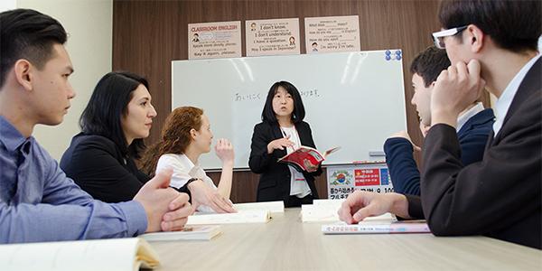 ECC日本語学院の授業風景